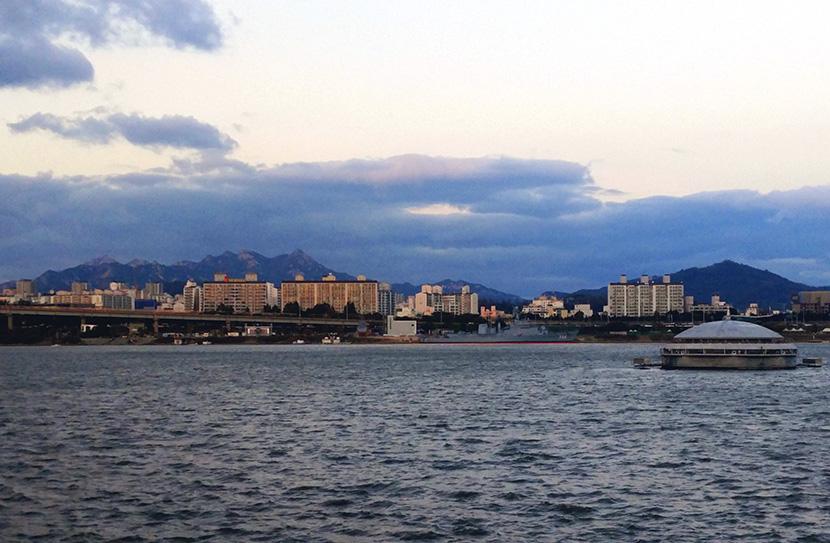 Easy Bike Rides on the Han River in Seoul   FleurDeLibre.com